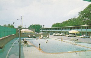 SPARTANBURG , South Carolina, 50-60s ; Cabana Inn, Swimming Pool
