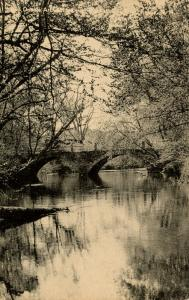 NH - Keene. Double Stone Arch Bridge over the Ashuelot River