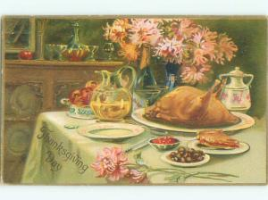 Divided-Back THANKSGIVING SCENE Great Postcard AA0446