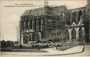 CPA Saint Quentin- La Basilique et la Place St Quentin FRANCE (1046290)