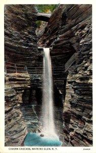 New York Watkins Glen Cavern Cascade Curteich