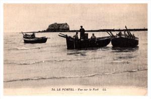 le Portel   Vue sur le Fort, fisherman in boats