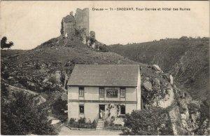 CPA CROZANT Tour Carrée et Hotel des Ruines (121724)