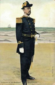 Military postcard Luitenant ter zee 2e klasse Groote tenue 02.14