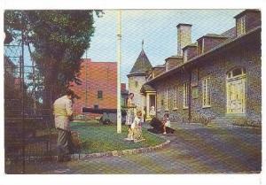 Chateau Ramsay, Cannon, Motreal, Quebec, Canada, 40-60s