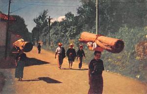 Antigua Guatemala, Central America, Republica de Guatemala Camino del Mercado...
