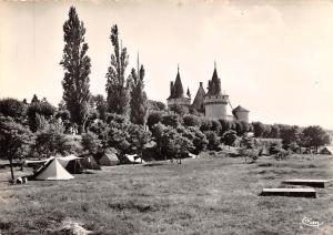 France Sully sur Loire, Le Chateau vu du Terrain de Camping Castle