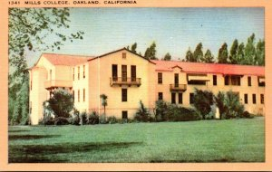 California Oakland Mills College