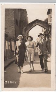 Social History; Family Group In Front Of Old Stone Arch RP PPC, Catford 1932 PMK