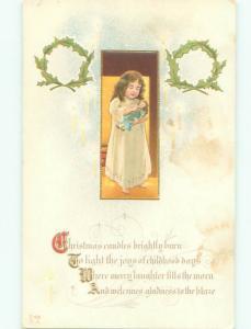 Pre-Linen Christmas GIRL HOLDING HER DOLL AB5747
