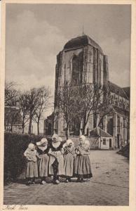 Dutch Ladies, Kerk VEERE (Zeeland), Netherlands, 1910-1920s