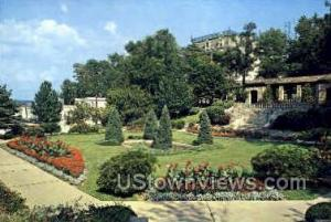 Governor's Sunken Garden Jefferson City MO Unused