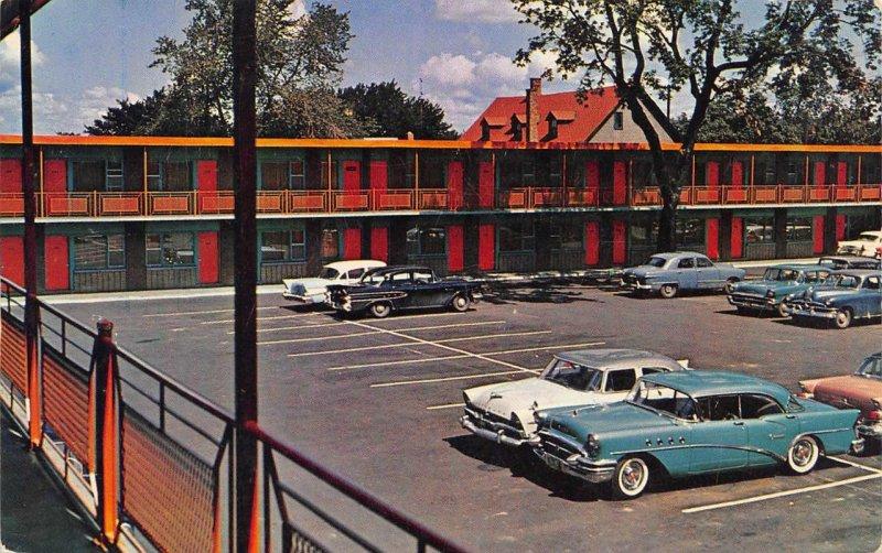 The Parkway Motor Motel Rideau Street Ottawa Roadside Vintage Postcard ca 1950s