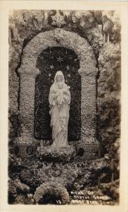 RP: Niche of Statue , Grotto , Iowa , 10-20s