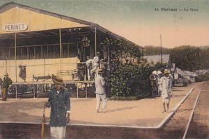 MADAGASCAR , 00-10s ; Railroad Train Depot ; PERINET - La Gare
