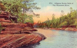 ALLIGATOR ROCKS, DELLS OF THE WISCONSIN RIVER