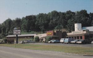 RIO GRANDE, Ohio; Bob Evans Farm, Classic Cars, 40-60s