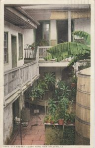 NEW ORLEANS , Louisiana , 1914 ; Old French Court Yard