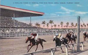 Florida Coral Gables Athrilling Finish At Tropical Park Race Track