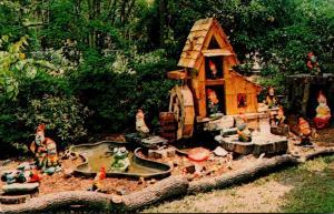 Florida Brooksville Rogers' Christmas House & Village