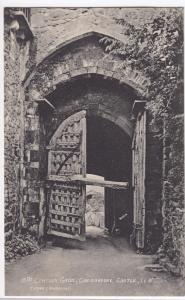 Isle of Wight; 15th c Gates, Carisbrooke Castle PPC, Unposted By T Piper