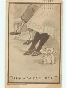 Pre-Linen Comic DOG WEARING BOW SITTING BESIDE PEOPLE AB8762