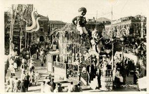 France - Carnaval de Nice, La Menagerie      *RPPC