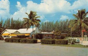 Boynton Beach Florida Tropical Acres Street View Vintage Postcard K65186