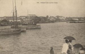 CPA Sénégal Afrique Fortier 127. Dakar (de la petite Jetée) (68132)
