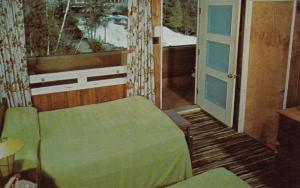 MONT TREMBLANT , Quebec , Canada , 50-60s ; Chalets Des Chutes , Interior