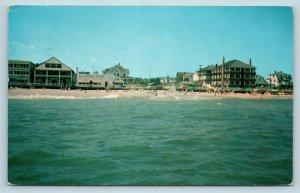 Postcard DE Rehoboth Beach Delaware The Pink Pony Bar Apartments c1960 AG7