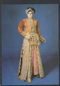 Fashion Postcard - Woman's Costume, Persia, 1st Half 19th Century T8345