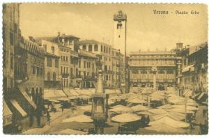 Italy, Verona, Piazza Erbe, early 1900s unused Postcard