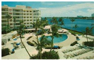 Postcard - Palm Beach Towers Pool & Patio, Florida