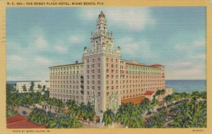 MIAMI BEACH , Florida , 1946 ; Roney Plaza Hotel