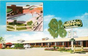1962 El Noh Ranch O Tel El Centro Imperial Valley Roadside postcard 10686 autos