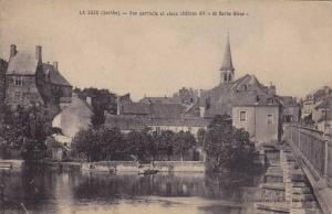 LA SUZE (Sarthe), France, 00-10s ; Vue partielle et vieux chateau dit de Bar...
