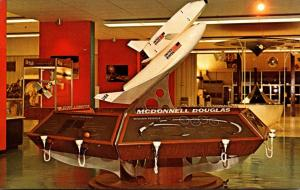 Florida John F Kennedy Space Center Space Shuttle Model At Visitor Informatio...