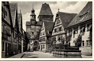 Germany Rothenburg o d Tauber Roedergasse mit Markusturm