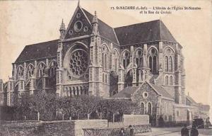 St. Nazaire, L'Abside de l'Eglise St. Nazaire et la Rue du Croisic, Loire Atl...