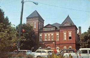 McMinnville Tennessee Warren Court House Street View Vintage Postcard K50120