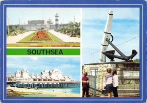 B101786 southsea the castle the pier  uk