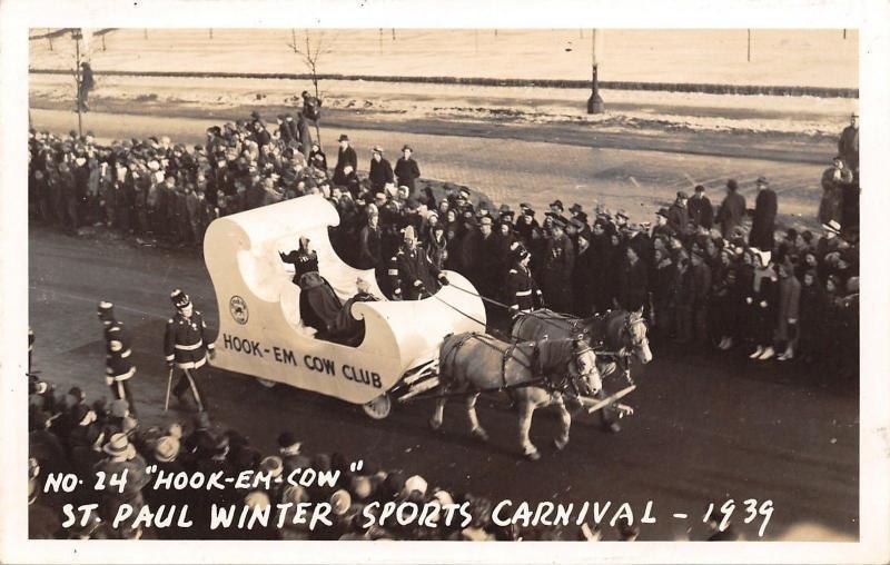St Paul Minnesota~Winter Sports Carnival Parade~Hook-Em Cow Club Float~1939 RPPC