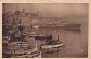 CANNES, Le port et le Mont Chevalier,Sail boats, Alpes Maritimes, Cote D´Azu...