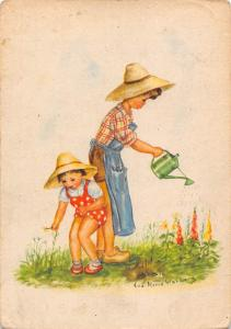 Gardner Lady girl, jardin, watering flowers, Eva Maria Stahlberg