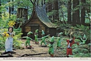 The Enchanted Forest near Revelstoke BC Snow White 7 Dwarfs Fantasy Postcard D24