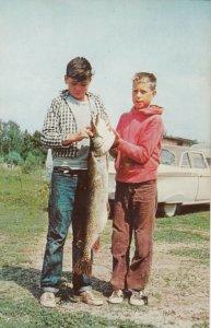 SENNETERRE, Quebec , 1950-60s ; Sanford's Parent Lake Lodge , Fishing