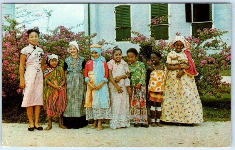 SURINAME (Netherlands)  South America   GIRLS of DIFFERENT ETHNICITIES  Postcard