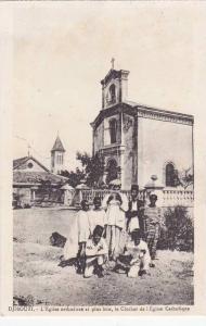 L'Eglise Orthodoxe Et Plus Loin, Le Clocher De l'Eglise Catholique, Djibouti,...