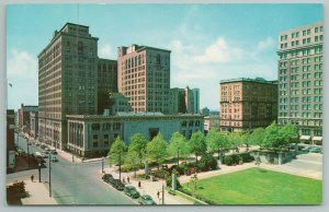Wilmington Delaware~Rodney Square And Public Library~Vintage Postcard